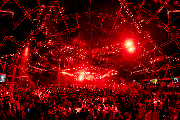 「RESISTANCE ISLAND」ではRESISTANCE Carl Cox MegaStructure、RESISTANCE REFLECTOR、RESISTANCE ARRIVAL、OASISの4つのステージが登場