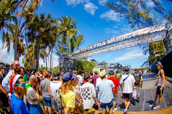 今年の「Ultra Music Festival(UMF)」はこれまでのBayfront ParkからHistoric Virginia Keyに会場が変更