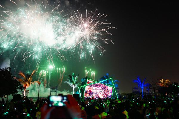 日本の伝統文化・花火に音楽、最新のテクノロジーや一流のパフォーマンス、ライティングなどが融合した一大スペクタクル「STAR ISLAND」がシンガポールに続く海外公演第二弾として、このたびサウジアラビアで開催。