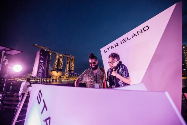 シンガポールThe Float @ Marina Bayで開催された「STAR ISLAND SINGAPORE COUNTDOWN EDITION 2019-2020」の様子⑮