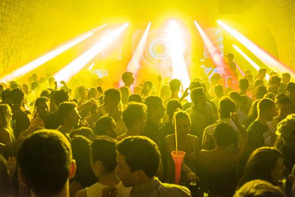 世界中から多くの観光客が楽しんでいたCulture Club Revelin(カルチャークラブ・レヴェリン)