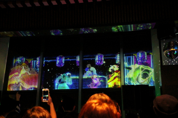 江戸時代の浮世絵師・歌川国芳が描いた「東都三つ又の図」が時空を超えてコラボしたスペシャル映像が流れる魅惑の空間「SUPER SKYTREE® DISCO」