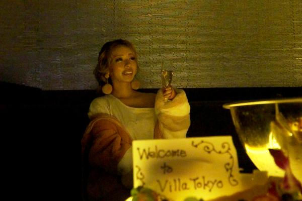 世界的DJのテクが一目瞭然のVILLA TOKYO(ヴィラトウキョウ)最高級VIPテーブルの「V Table」