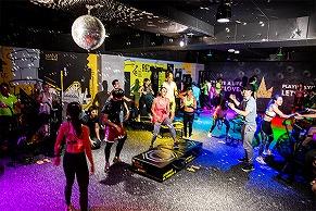 筋肉ムキムキDJと筋肉祭り! アミューズメント型最新フィットネスジム「PLAYGROUND GINZA」がアニバーサリーイベントを開催