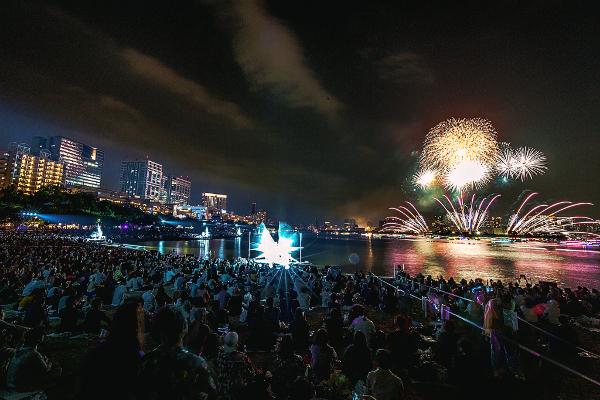 日本の伝統文化である花火を3Dサウンドやパフォーマンスとかけ合わせ新たなエンターテイメントへと昇華させた「STAR ISLAND(スターアイランド)」