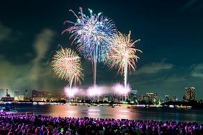 15,000人を魅了した音楽と花火の最新形「STAR ISLAND」レポート!