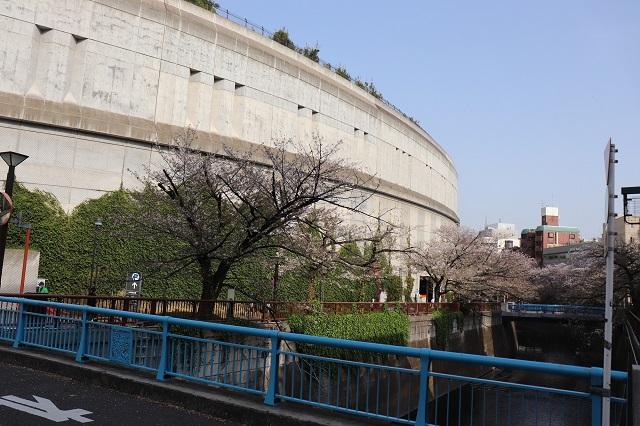 東急田園都市線・池尻大橋駅近くにある目黒天空庭園