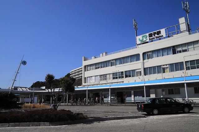 JR横須賀線「逗子駅」