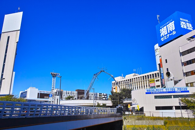 JR横須賀線「戸塚駅」